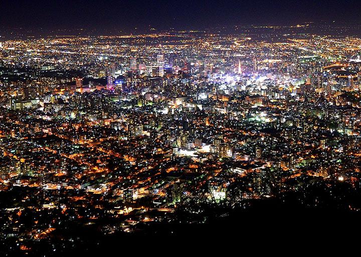 夜景観光とごはん('18.11月号)